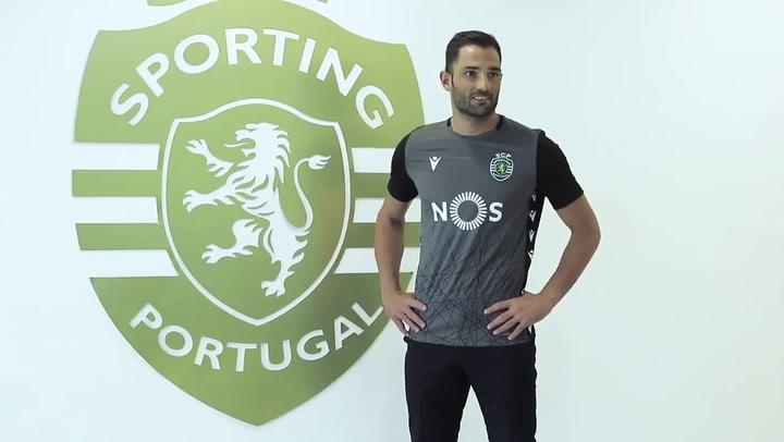 El Sporting de Portugal anuncia el fichaje del portero español Antonio Adán