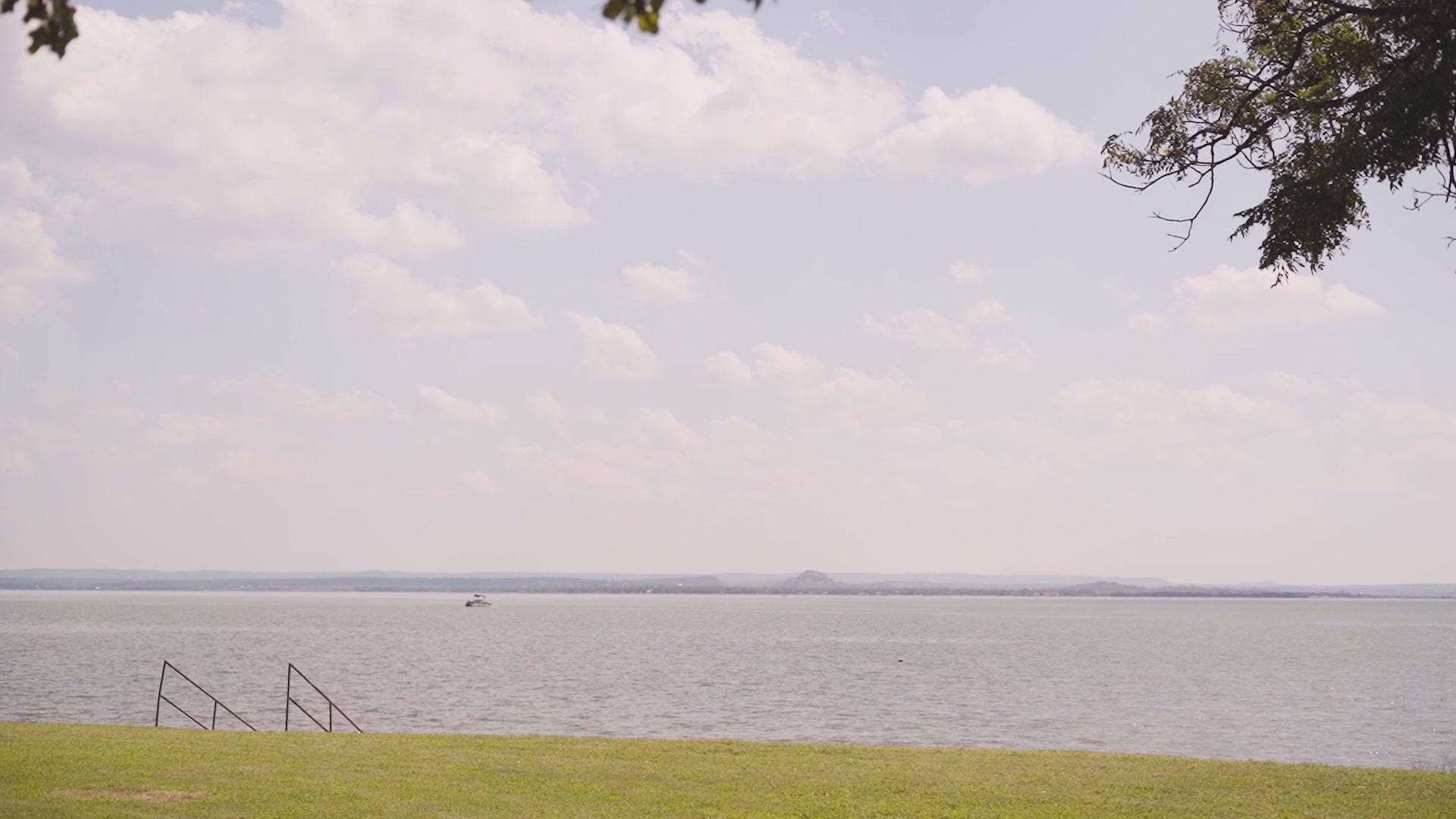 Amanda + Cody | Austin, Texas | Lake View Villas on Lake Buchanan