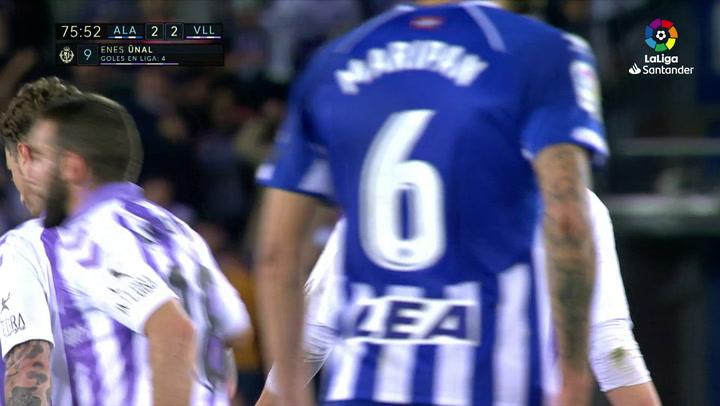 LaLiga: Alavés-Valladolid. Gol de Enes Ünal de penalti (2-2)