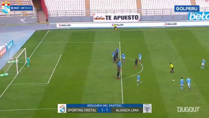 Emanuel Herrera's superb free-kick goal vs Alianza Lima