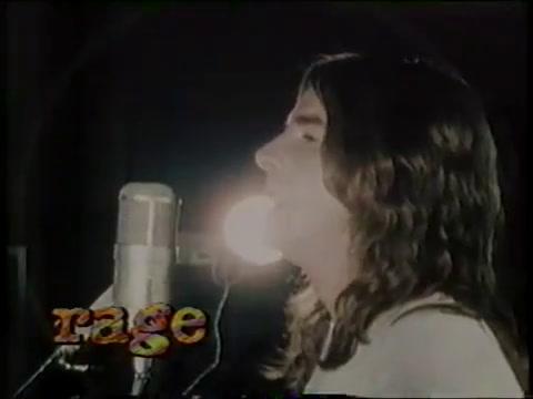 Murió George Young, leyenda del pop australiano y productor de los primeros éxitos de AC/DC