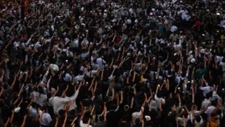 Miles de manifestantes pro-democracia desafían restricciones en Tailandia