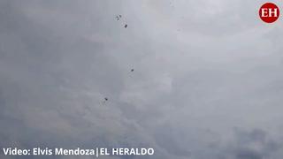 30 paracaidistas de las FFAA conquistaron el cielo este 15 de septiembre