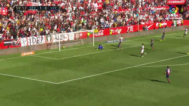 LaLiga: Sevilla-Levante. Gol (2-0) de André Silva (min 60)