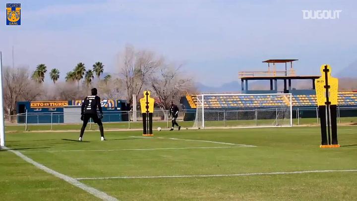 Amazing goals in Tigres training