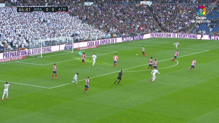 PARADA OBLAK MIN47 Real Madrid - Atlético de Madrid J22