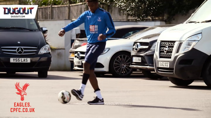 Wilfried Zaha's Feet Are Ridiculously Crazy!