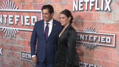 America Ferrera y Netflix llevan