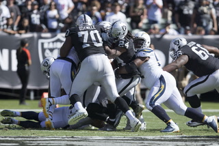 Vegas Nation: Chargers defeat Raiders, 17-16