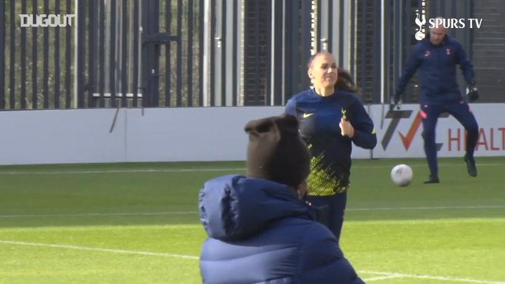 Behind the scenes at Alex Morgan's Tottenham debut
