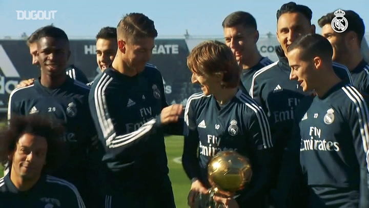 Modric Shows Off Ballon D'Or To Real Madrid Teammates