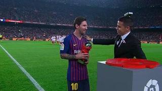 El Camp Nou aplaude a su crack: Lionel Messi recibe premio al mejor jugador de LaLiga en septiembre