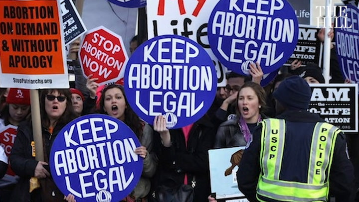 Judge halts Mississippi abortion law
