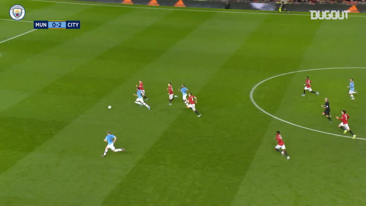 De Bruyne's brilliant skill bamboozles Manchester United defence