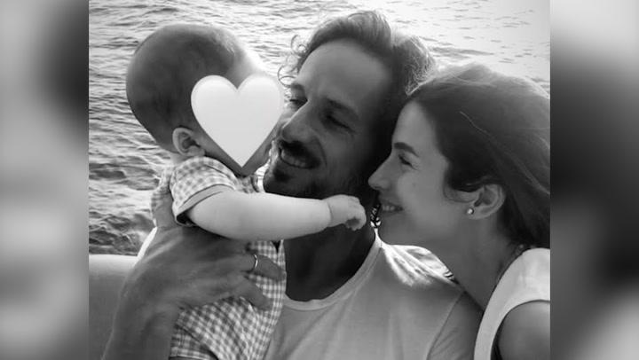 Sandra Gago y Feliciano López, todo felicidad mientras navegan con su \'pequeño marinero\'