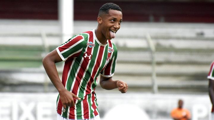 Así juega Joao Pedro, la nueva perla del fútbol brasileño, en el Fluminense