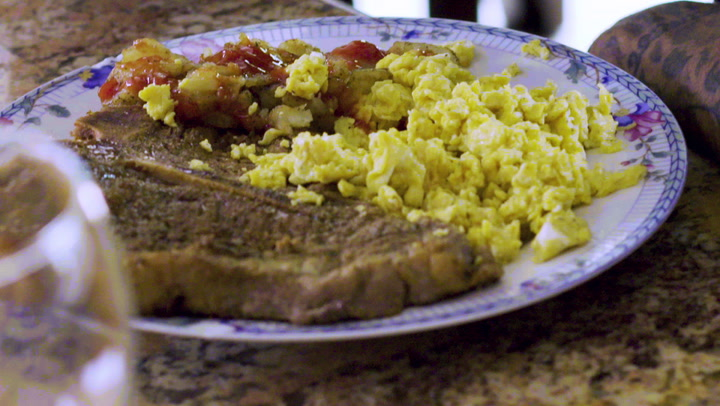How to make Dave East's Steak and Eggs