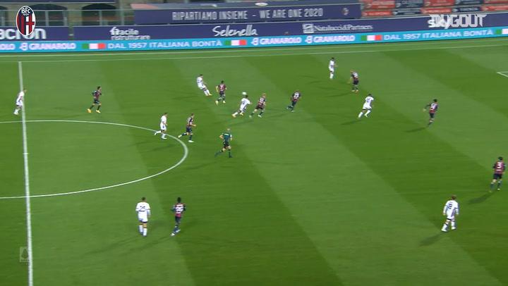 Barrow's brace leads Bologna to Cagliari win