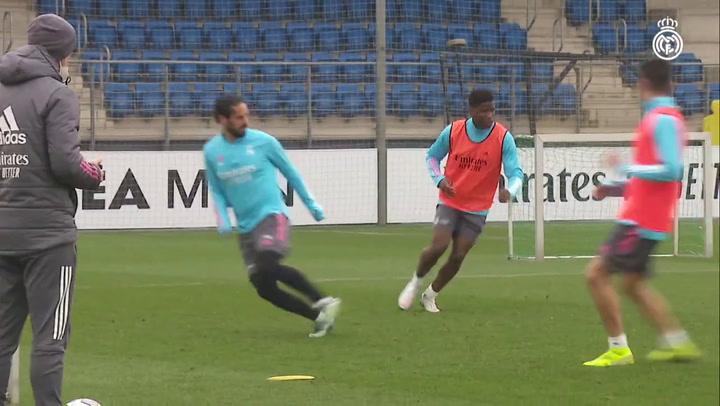 El Real Madrid vuelve a entrenar tras haber ganado en Valladolid