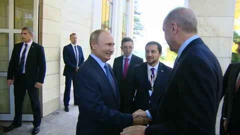 Putin y Erdogan se reúnen en Rusia para hablar de ofensiva turca en Siria