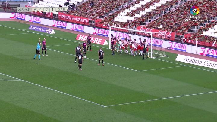 El resbalón de Makaridze que costó dos puntos al Almería