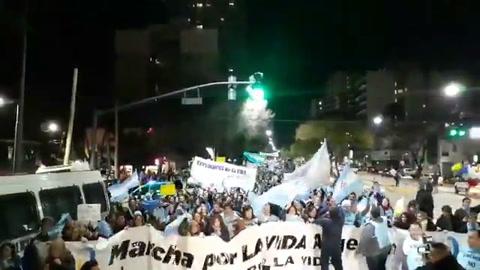 Marcha contra el aborto frente a la Quinta de Olivos