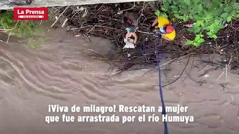 ¡Viva de milagro! Rescatan a mujer que fue arrastrada por el río Humuya