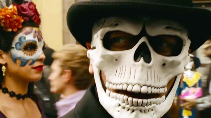 Sjekk traileren: Så vill er den nye Bond-filmen