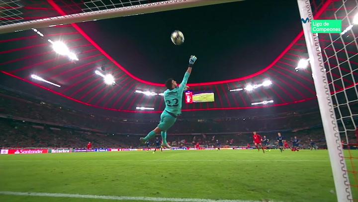 Champions League: Bayern Munich - Tottenham. Disparo al travesaño de Philippe Coutinho