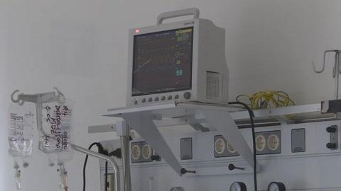 Hospital en Argentina contiene el aliento y ruega por evitar la catástrofe