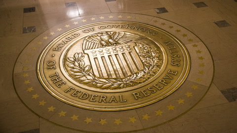 Fed Projects Earlier Interest Rate Increase