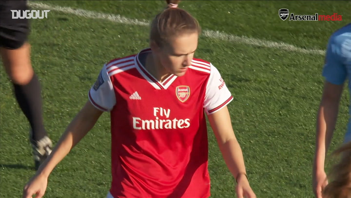 Vivianne Miedema composed finish sees off Man City