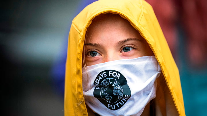 Watch live as Greta Thunberg joins the Fridays for Future climate strike in Berlin