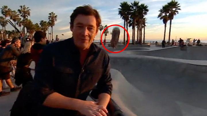 Skateboard med klar melding til reporter «på direkten»