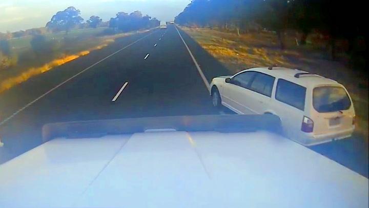 Frekk sjåfør tok innersvingen på trailer