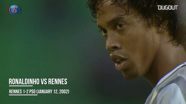 Ronaldinho marca golaço de falta pelo PSG contra o Rennes