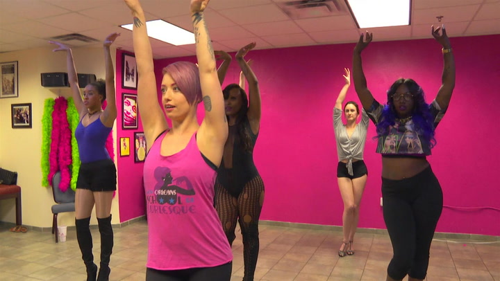 The Ladies Take A Burlesque Class