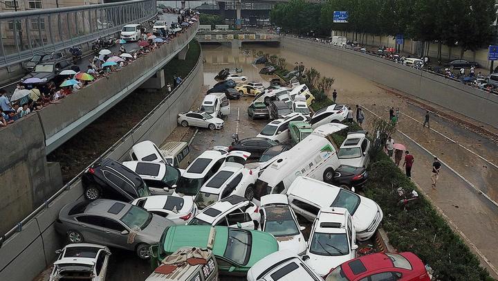 เปิดภาพน้ำท่วมทะลักครั้งใหญ่ มณฑลเหอหนานในจีน เมืองจมบาดาล ตาย33ศพ