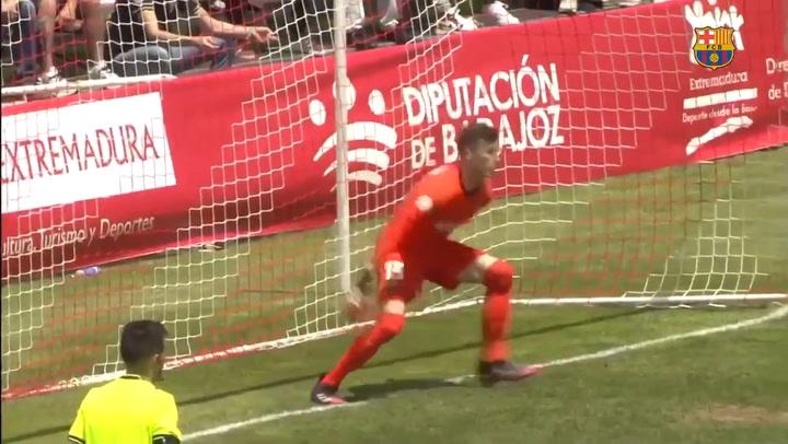 Así los para Iñaki Peña, el portero del Barça B