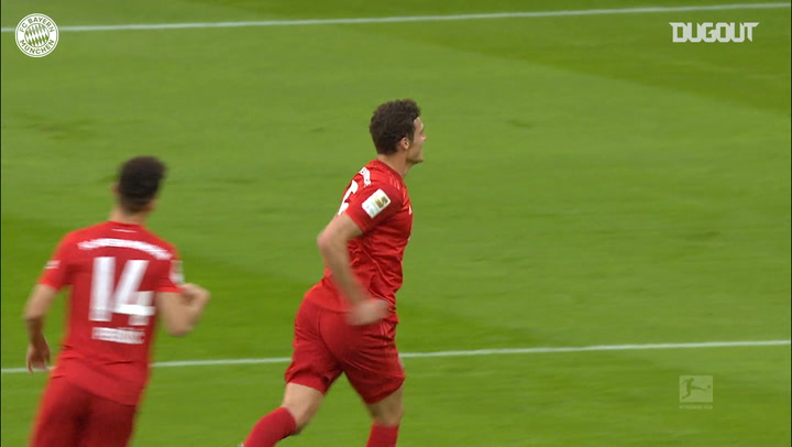 Benjamin Pavard hammers home vs Union Berlin