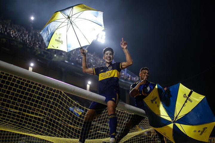 Carlos Zambrano emocionado tras ganar la Superliga argentina en la Bombonera
