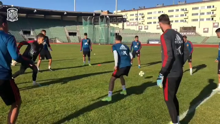 La Selección se ejercita en Oslo antes de viajar a Estocolmo