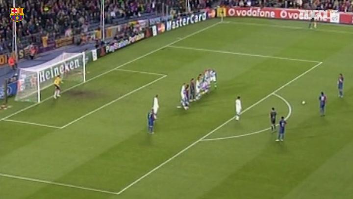 Ronaldinho's magic helps Barça against Werder Bremen