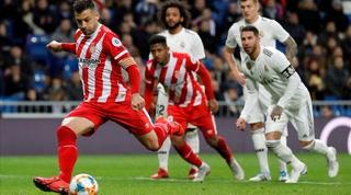 Girona y Choco Lozano asaltan el Bernabéu y alejan al Real Madrid de la lucha por la Liga