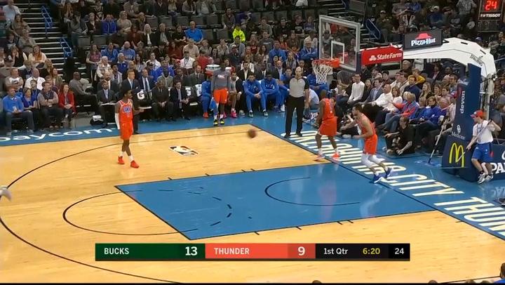 Giannis Antetokounmpo, el más destacado de la jornada de la NBA