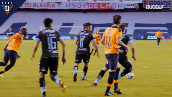 Liga de Quito wear all their three new kits during the same game