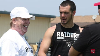 Jon Gruden, Mark Davis defend Derek Carr – Video