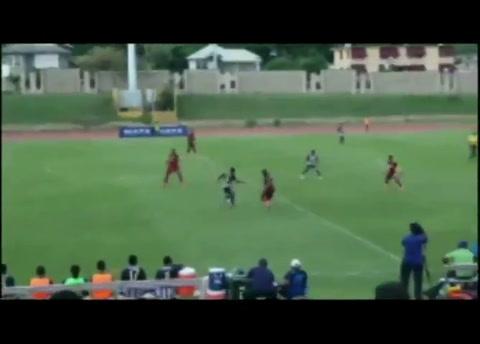 Video viral: rayo cae en medio de partido y deja cuatro heridos