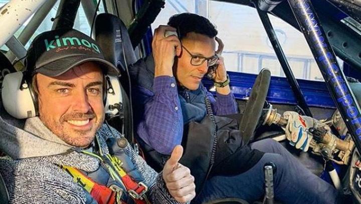 Alonso deja a todos impresionados sobre hielo en el Circuit de Andorra
