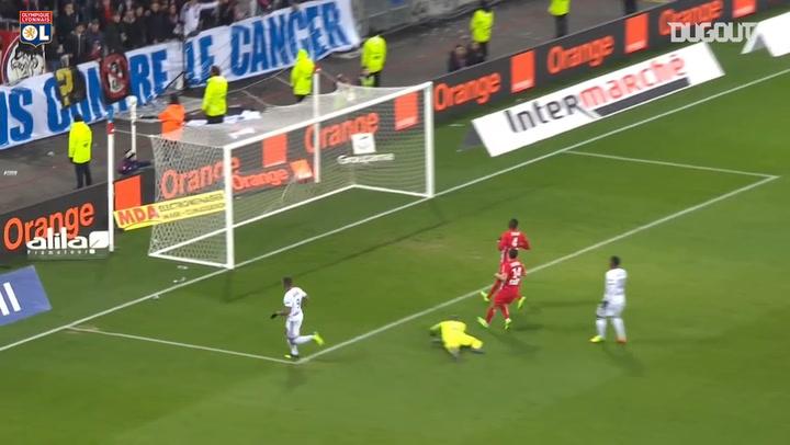 Memphis Depay's first goal at Lyon